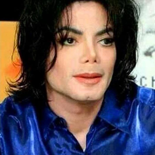 http://michaeljacksonchosenvoices.com/wp-content/uploads/2014/04/INVINCIBLE-TWO.jpg