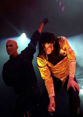 DANGEROUS WORLD TOUR PERFORMANCE THREE
